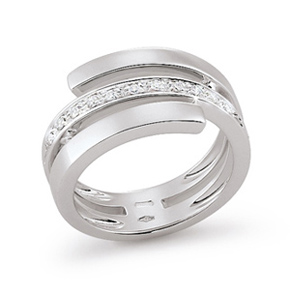 italian split shank diamond wedding ring