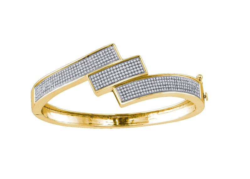 1.32 CT Diamond Pave Bangle Yellow gold