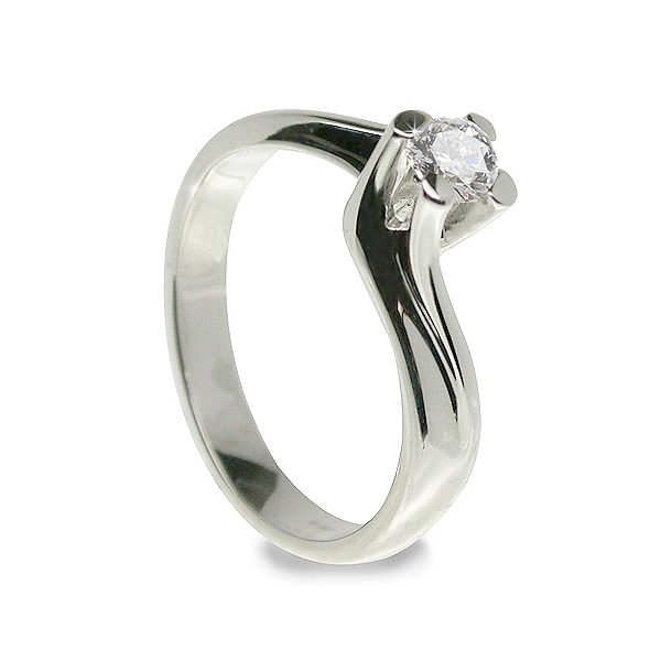 Classico Italian 0.15 CT Solitaire Diamond Engagement Ring
