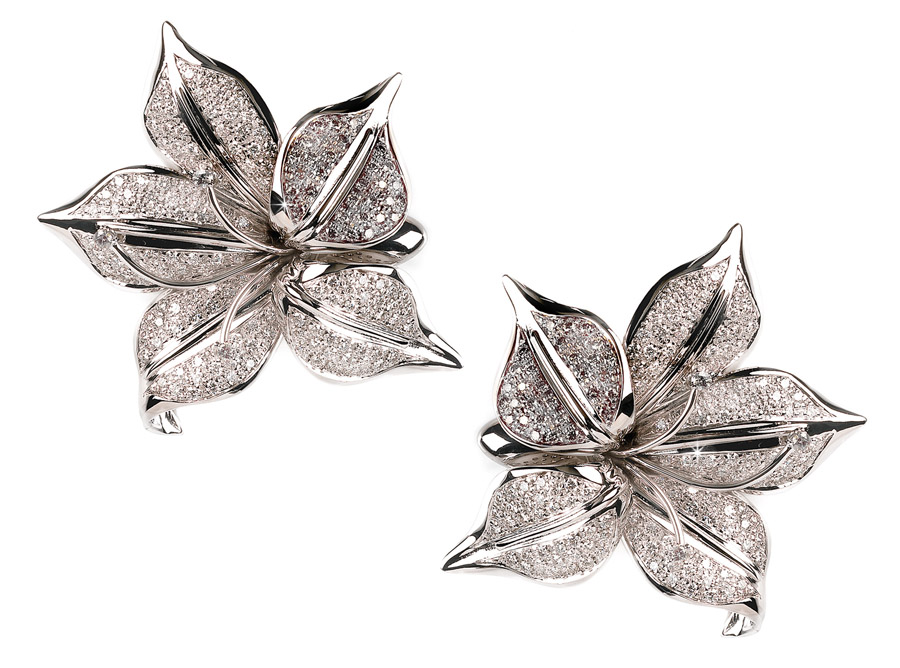 3.58 CT Exquisite Italian Flower Diamond Earrings 18K Gold