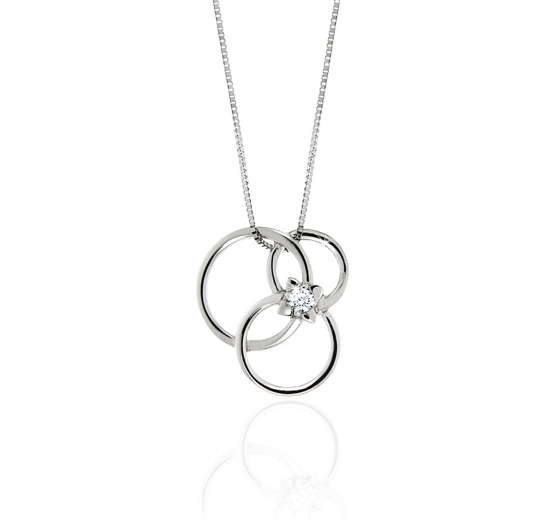 Stylish 3 Circle Diamond Necklace