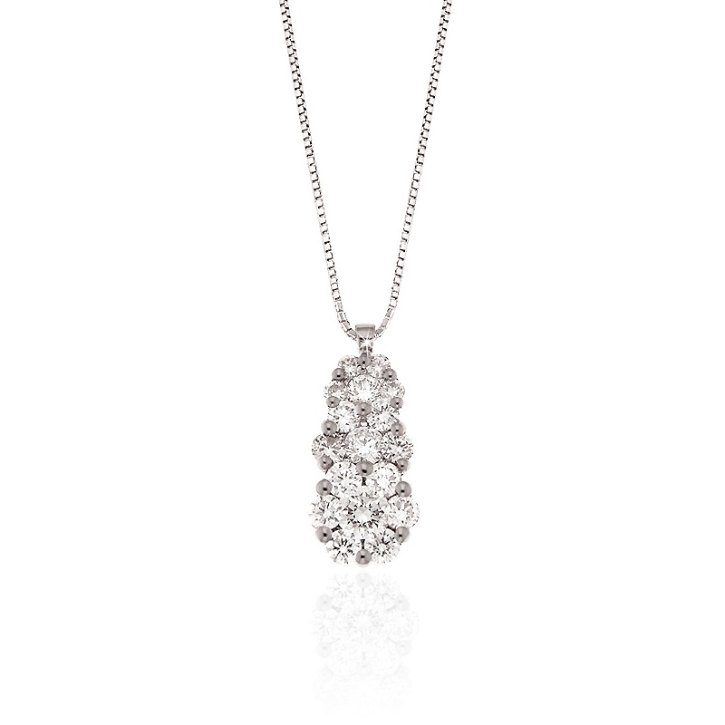 Luxury Diamond Pendant Necklace