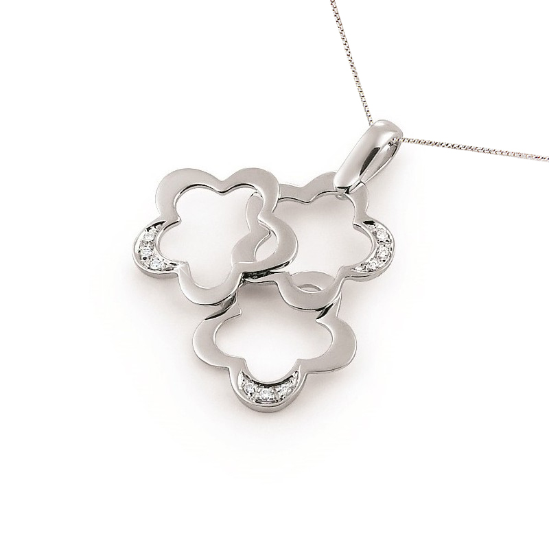 Three Flower Gold Pendant Necklace