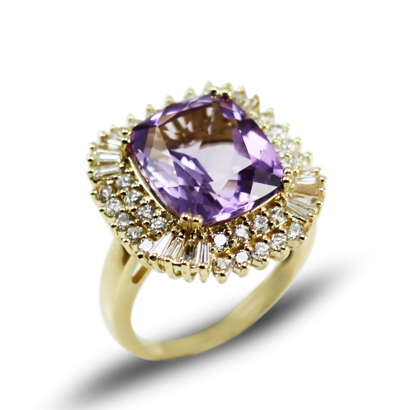 Cushion 7.60 CT Purple Amethyst Bridal Ring with 2 Carat Diamonds